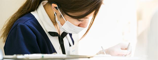 当院の先輩歯科衛生士の声